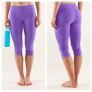 [Lululemon] In The Flow Crop in Power Purple